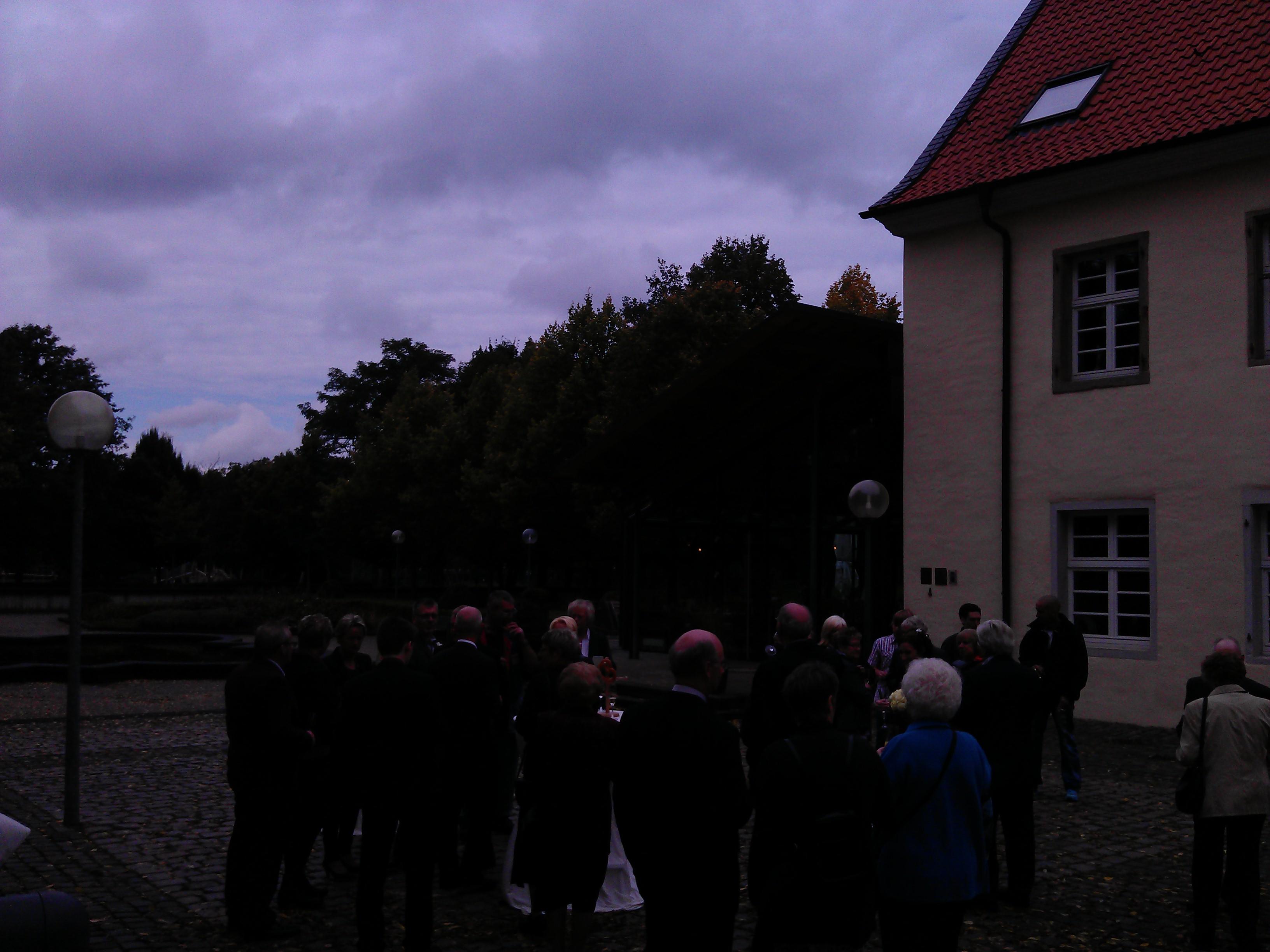 Sektempfang Schloss Martfeld Schwelm -7 | ©ihrehochzeitstauben
