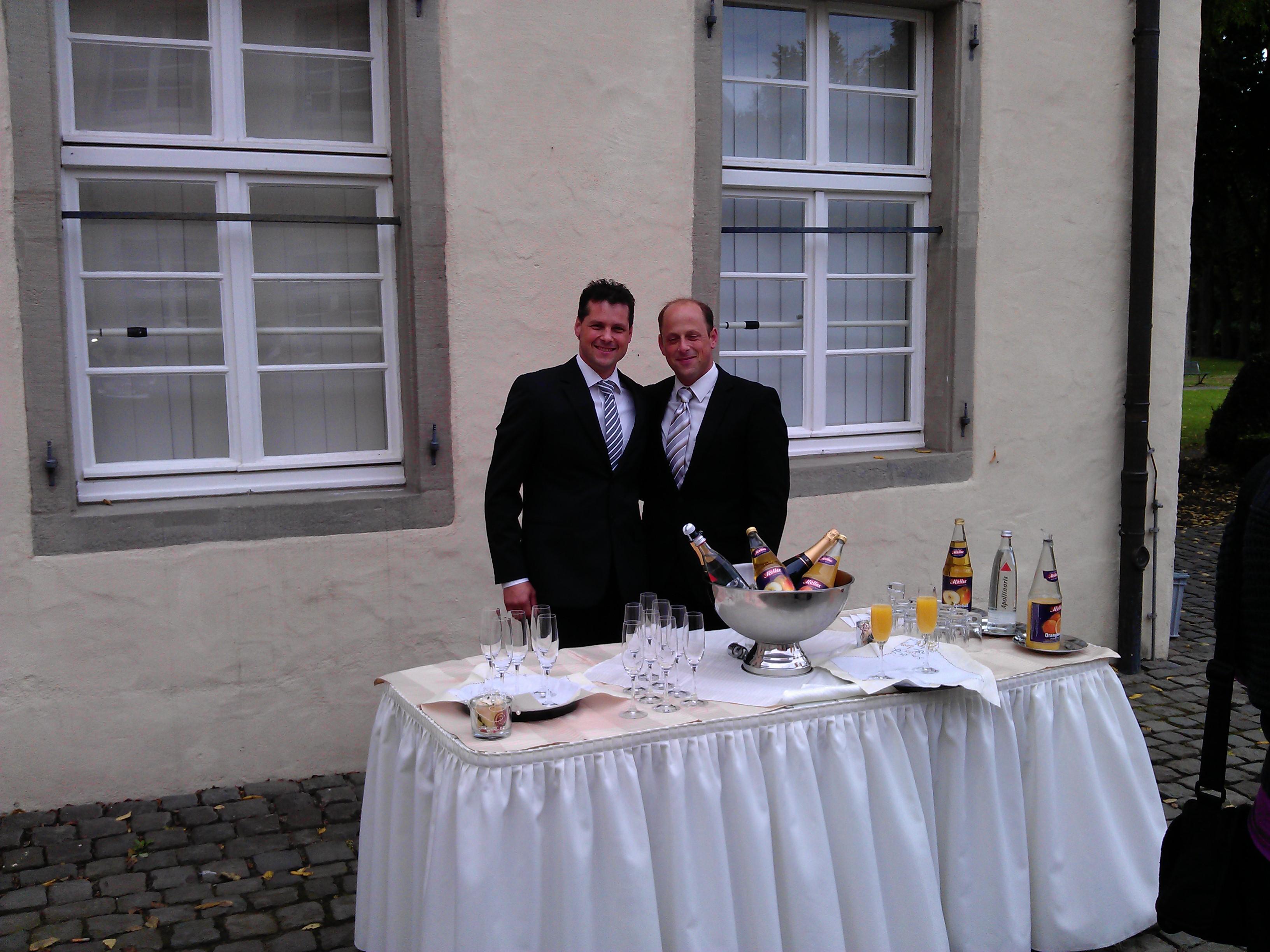 Sektempfang Schloss Martfeld Schwelm -10 | ©ihrehochzeitstauben