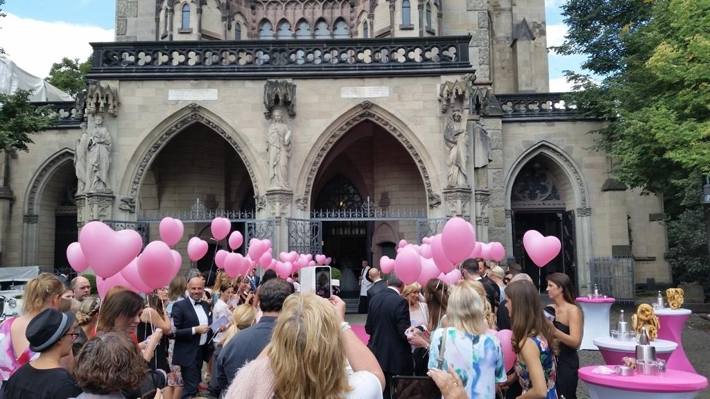 Sektempfang mit Tauben und Ballons in Köln Bild 11 | ©Ihr Sektempfang