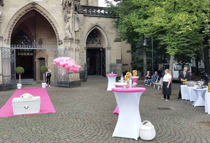 Sektempfang mit Tauben und Ballons in Köln Bild 4 | ©Ihr Sektempfang