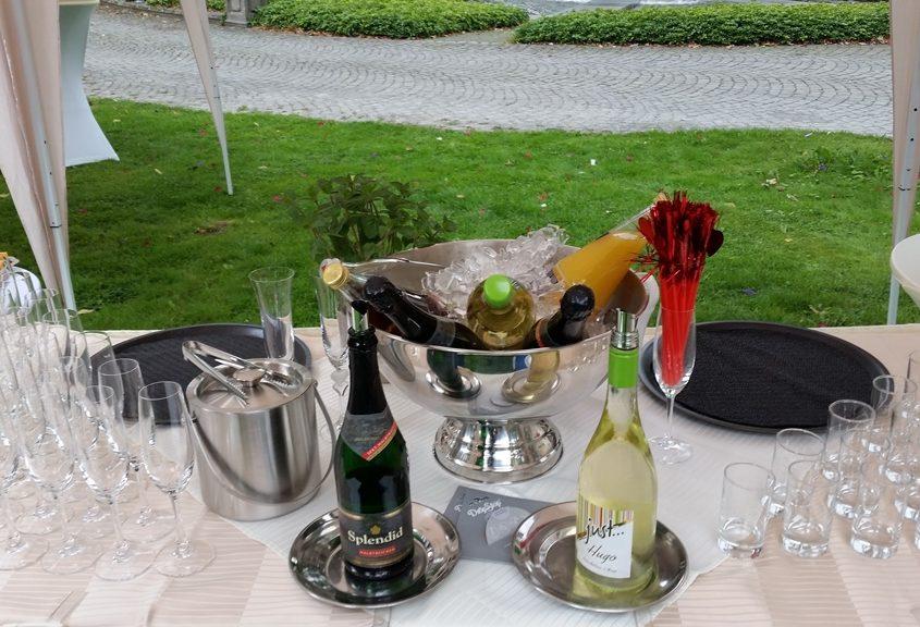 Sektempfang zur Hochzeit Leverkusen Bild 1 | ©Ihr Sektempfang