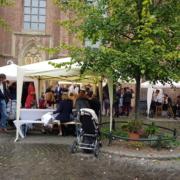 Klassischer Sektempfang in Düsseldorf an Sankt Lambertus